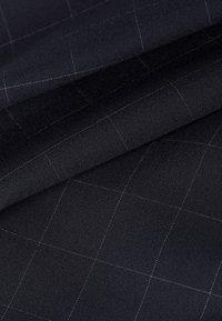 IVY & OAK - Trousers - navy check - 5