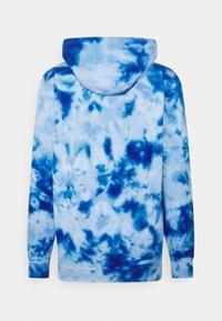 Ellesse - GOTTERO TIE DYE HOODY - Sweatshirt - blue - 7