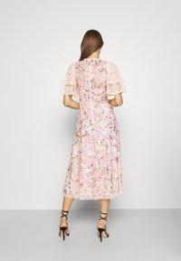 Needle & Thread - ODETTE BALLERINA DRESS - Koktejlové šaty/ šaty na párty - pink - 2