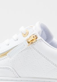 Guess - FIGGI - Sneakers - white