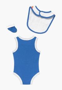 Nike Sportswear - BOYS BABY SET - Dárky pro nejmenší - blue - 1