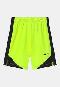Nike Sportswear - SET - Print T-shirt - volt - 2