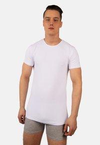 Bandoo Underwear - 2PACK - Undershirt - white,white - 0