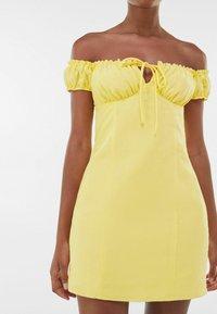 Bershka - Day dress - yellow - 3
