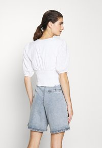Abercrombie & Fitch - PUFF SLEEVE BLOUSE - Blouse - white - 2