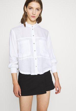C-SUPER-E - Camicia - white