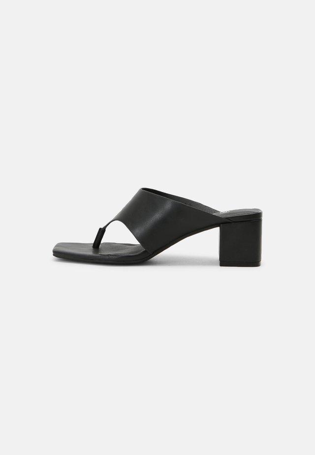 Sandály s odděleným palcem - black dark