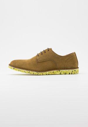 DAVID - Volnočasové šněrovací boty - olive