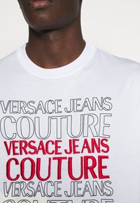 Versace Jeans Couture - MOUSE - Print T-shirt - white - 4