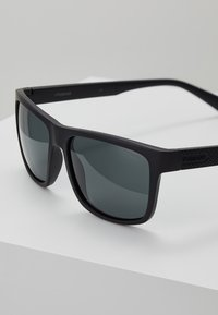 Polaroid - Sunglasses - matt black - 2