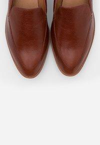Madewell - FRANCES LOAFER - Slip-ons - burnished mahogany - 5