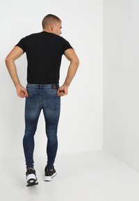 Golden Equation - FADED DISTRESSED MID-RISE - Jeans Skinny Fit - mid blue - 2