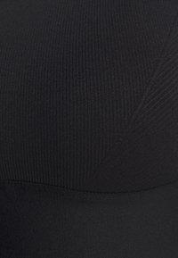 Etam - LAUREEN BRASSIERE - Light support sports bra - noir - 6