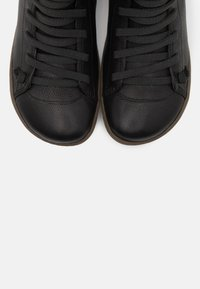 Camper - PEU CAMI - Kotníková obuv - black - 5