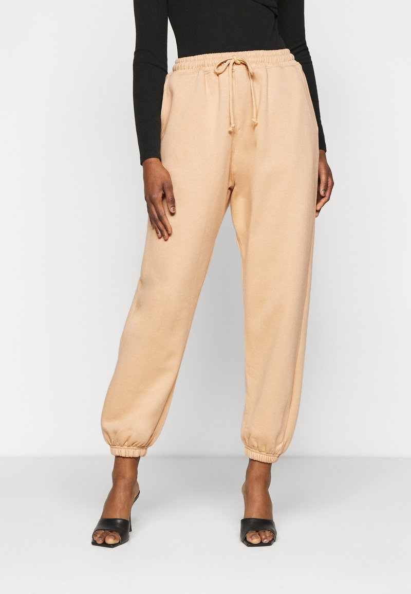Missguided Petite - 90S JOGGERS - Tracksuit bottoms - tan