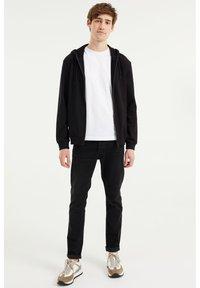 WE Fashion - Zip-up hoodie - black - 1