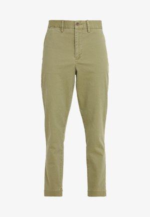 SLIM LEG PANT - Pantalones - spanish green