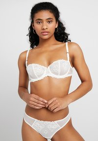 Chantelle - CHAMPS ELYSEES TANGA - Stringit - ivory - 1