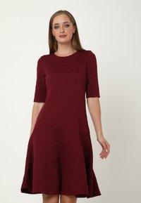 Madam-T - Day dress - weinrot - 0