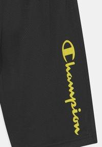 Champion - PERFORMANCE UNISEX - Sports shorts - black - 2