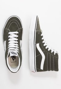 Vans - SK8 - Sneaker high - forest night/true white - 1