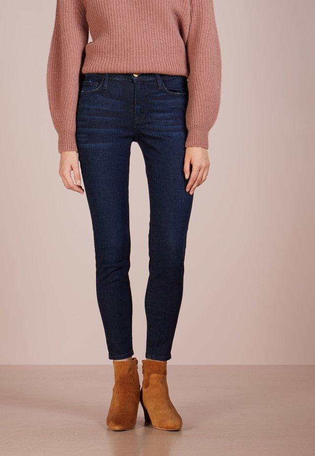 DE JEANNE - Jeans Skinny - loretta