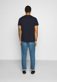 Tommy Jeans - CHEST LOGO TEE - T-shirt con stampa - twilight navy - 2