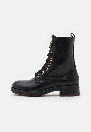 ESSENTIAL BOOT - Lace-up ankle boots - black