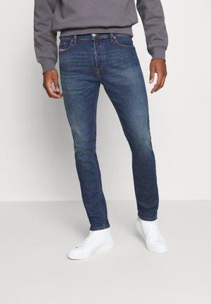 D-LUSTER - Slim fit jeans - 009el 01