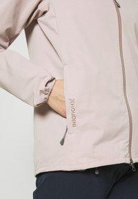 Houdini - DAYBREAK JACKET - Soft shell jacket - powder pink - 5