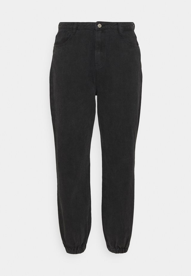 RIOT HIGHWAISTED MOM - Relaxed fit jeans - black
