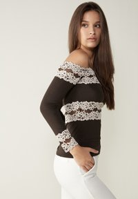 Intimissimi - PRETTY FLOWERS - Long sleeved top - braun - coffee brown - 2
