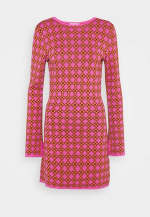 MOSAIC TILE SWING DRESS - Jumper dress - pink