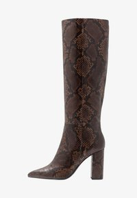 Boots med høye hæler - teak