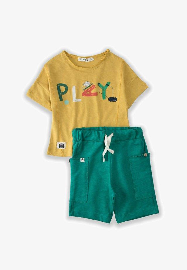 Shorts - mustard yellow