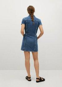 Mango - Denimové šaty - ciemnoniebieski - 2