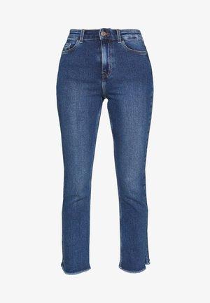 PCKAMELIA KICK  - Flared Jeans - medium blue denim