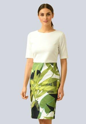 Shift dress - off white grün