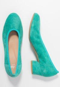 PERLATO - Classic heels - turquoise - 3