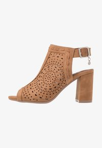 XTI - High heeled sandals - camel - 1