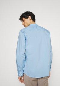 Selected Homme - SLHSLIMBROOKLYN  - Shirt - light blue - 2