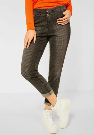 CASUAL FIT  - Trousers - braun