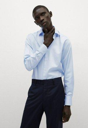 BEKER - Formal shirt - himmelblau