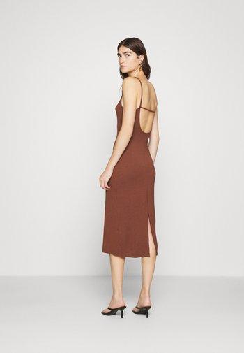 Jersey dress - fudgesickle