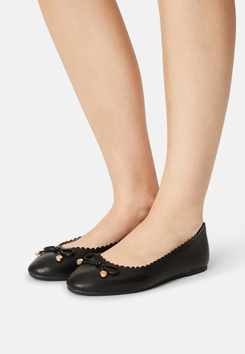 Dorothy Perkins Wide Fit - PEACE SCALLOP  - Ballerina's - black