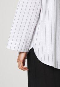 ARKET - Blouse - Pyjamasöverdel - white light - 5