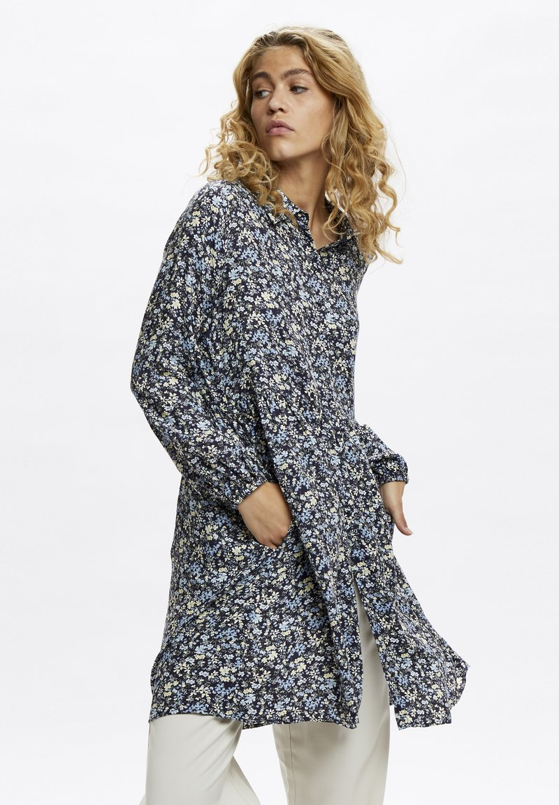 Denim Hunter - Day dress - total eclipse flora print