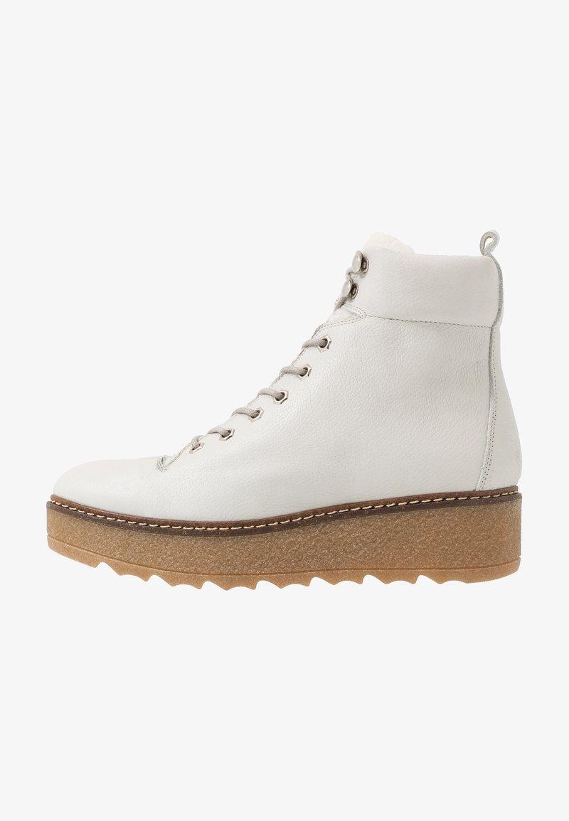 Shoe The Bear - BEX - Enkellaarsjes met plateauzool - white