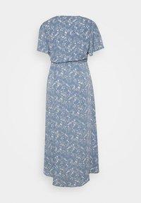 Missguided Plus - PLUS FLORAL V NECK TIE WAIST DRESS - Day dress - blue - 1