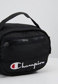 Champion Reverse Weave - Bum bag - black - 7